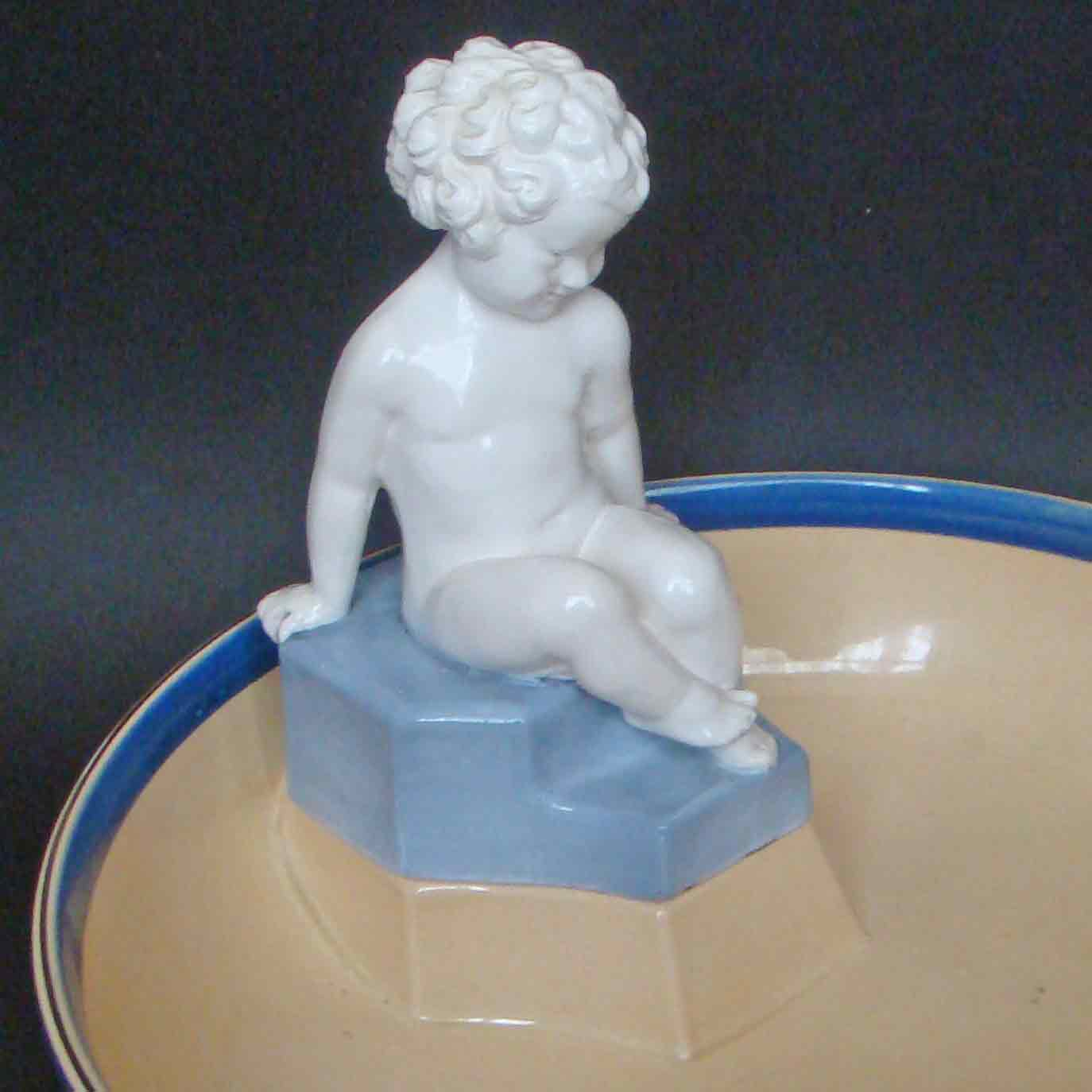 Ashtead Potters M48 Putto 'Mischief' Combination 2